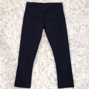 Lululemon Black Capri Leggings Size 6